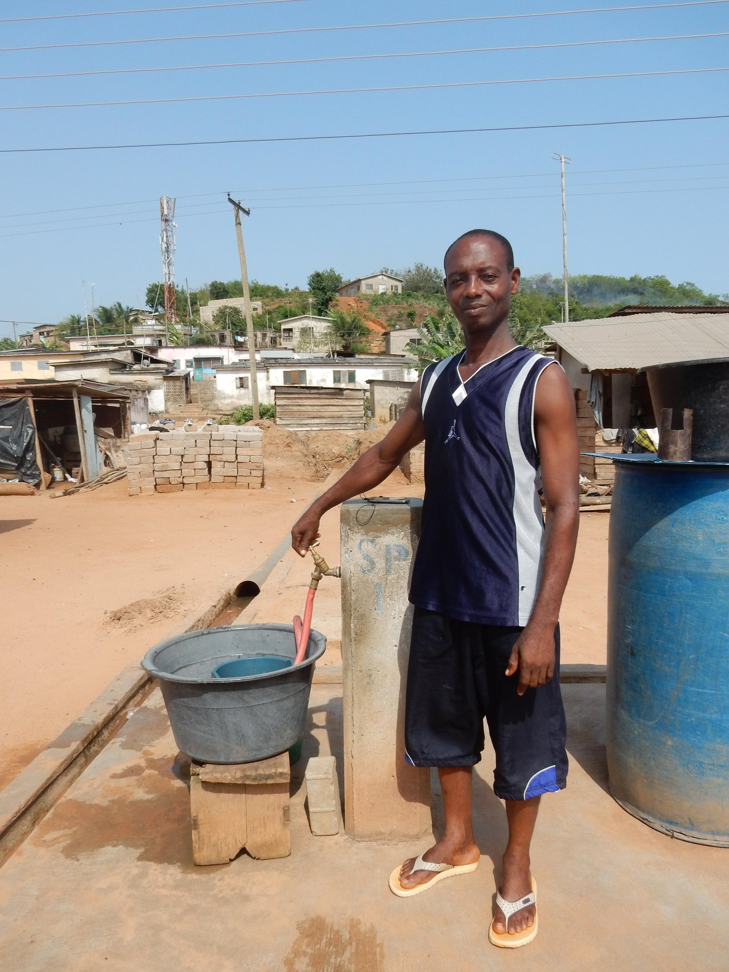 https://www.waterforlife.nl/files/visuals/_1920x1920_fit_center-center_85_none/Waterverkoper-Ghana.JPG