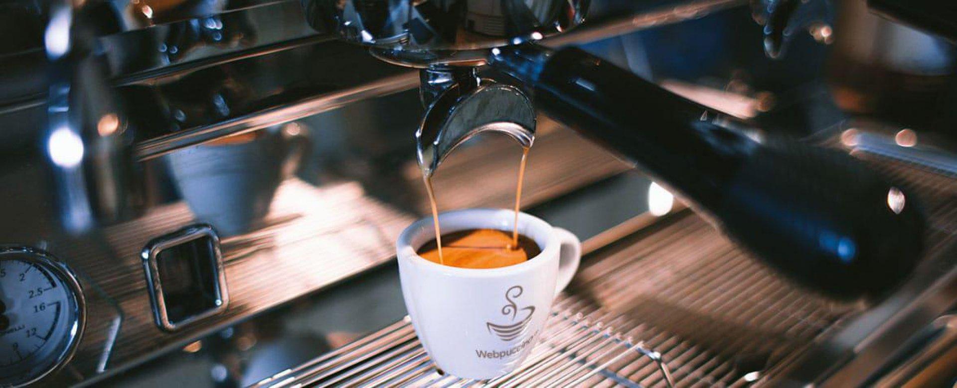 https://www.waterforlife.nl/files/visuals/_1920x960_fit_center-center_85_none/webpuccino-kwaliteit-service.jpg
